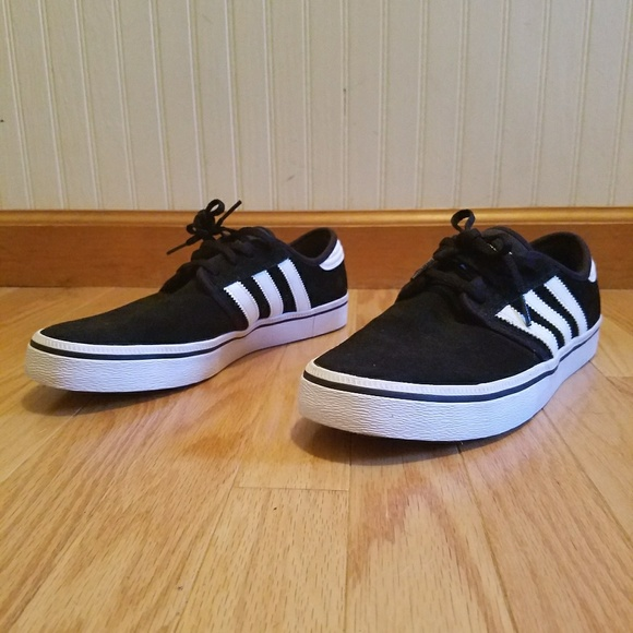 49910300437f adidas Other - Adidas SEELEY Canvas Shoes